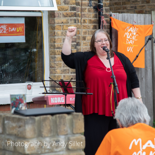 Read more about the article Doorstep Gigs – Bring music to your street